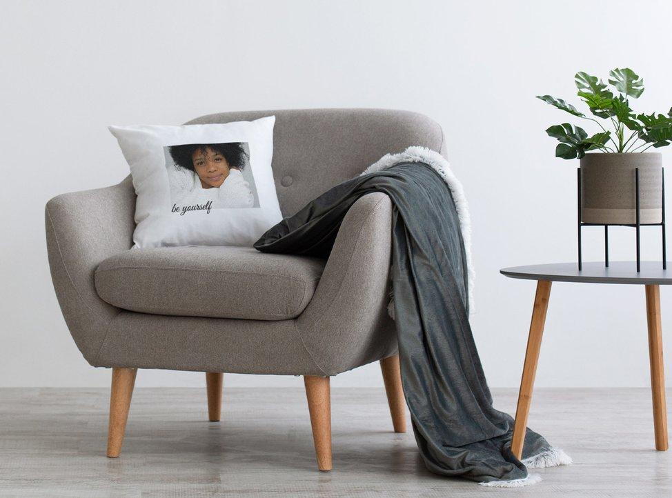 cuscino personalizzato creato con myphotobook